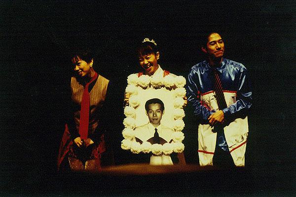 トンビリラロ-舞台写真
